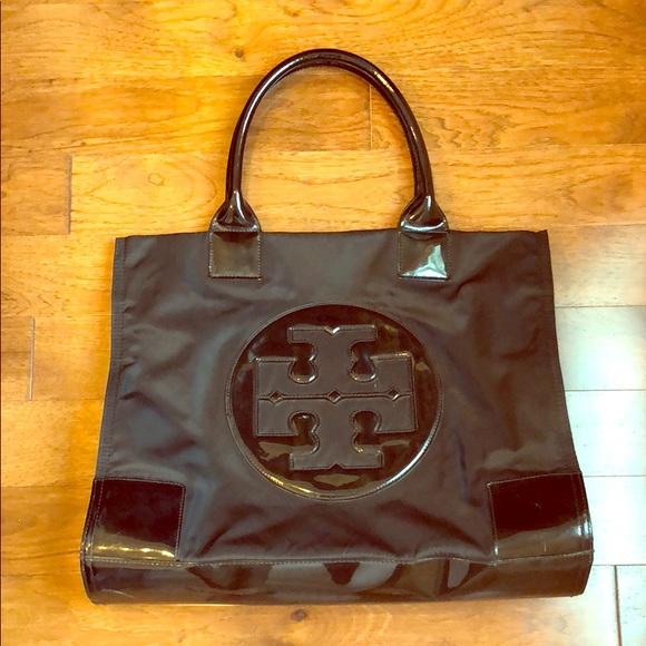 a1053ffe5a5f Tory Burch Ella Large Black Nylon Tote Bag. M 5b2971df03087c78134174ec